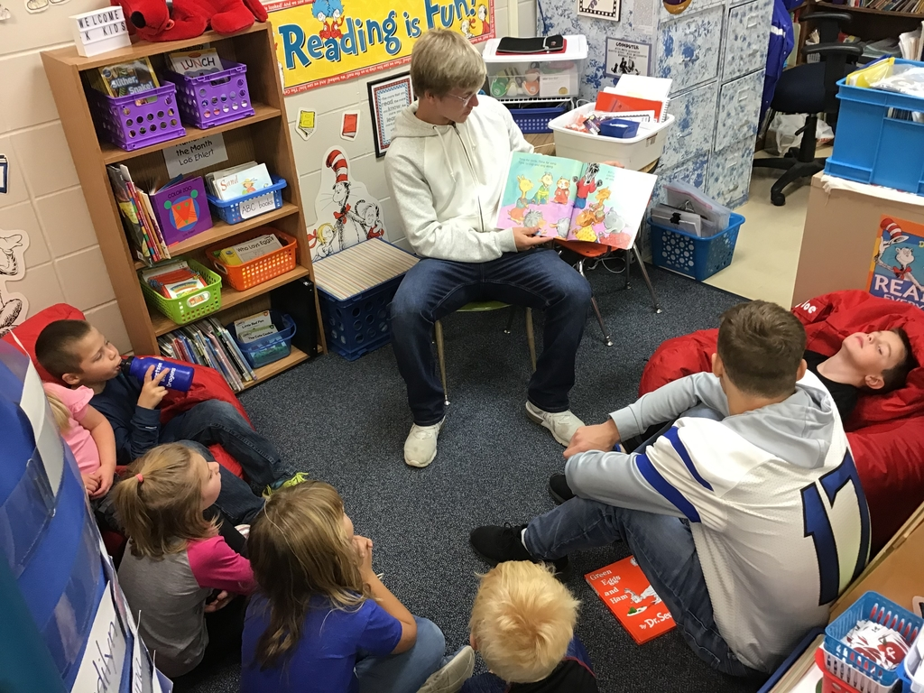 Reading to Kindergarteners